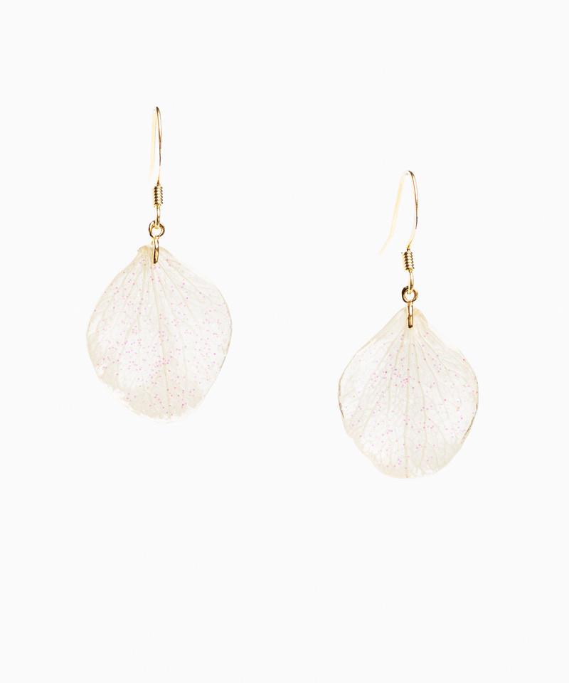 Boucles d'oreilles pétales d'hortensia blanc pailleté