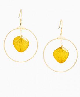 Créoles pétales d'hortensia jaune