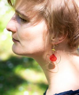 Créoles pétales d'hortensia rouge