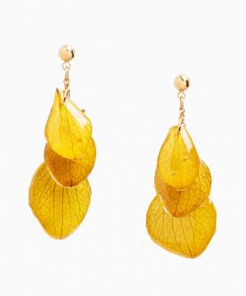 Boucles d'oreilles pendantes pétales d'hortensia jaune